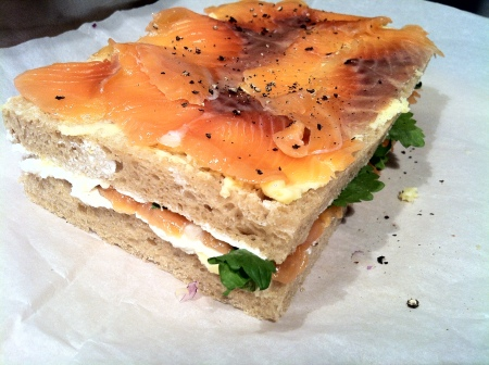 somonlu katli sandvic1