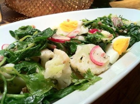 karnibahar salatasi